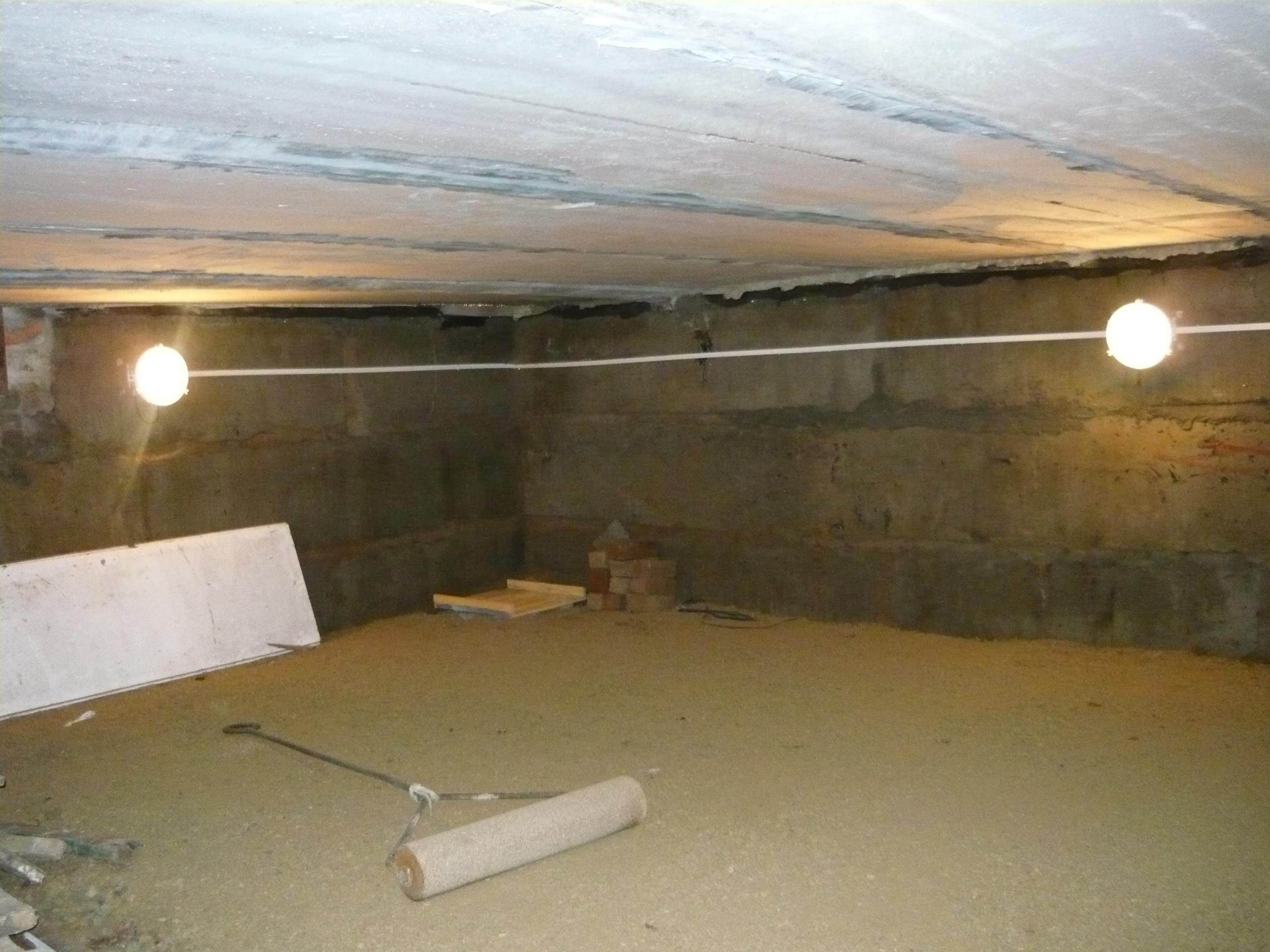 Ремонт потолка в подвале