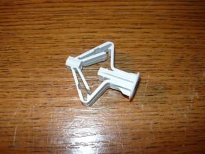 Специальный дюбель-гвоздь для гипсокартона из пластмассы