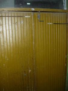 ремонт двери в подъезде развод на ремонт
