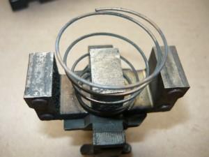 Пружина и магнитопровод