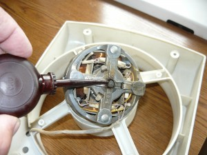 Подставка для напольного вентилятора своими руками