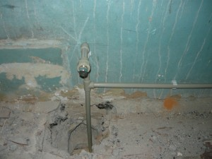 Пробитое отверстие между этажами