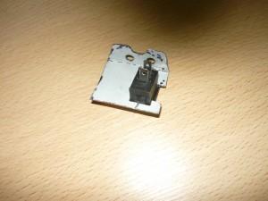 Вид снизу на установленный выключатель