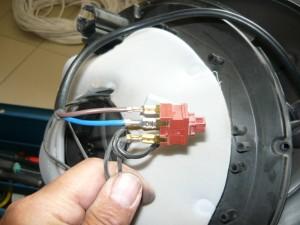 Подсоединение проводов на клеммы выключателя