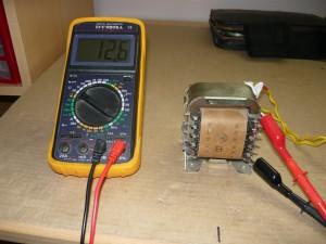 Напряжение на клеммах трансформатора 12,6 В