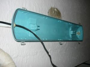 Монтаж светильника с пластиковым корпусом