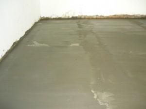 Стяжка по поверхности бетонного пола