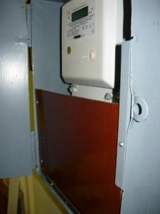 Закрытие панелью монтажа трансформаторов тока
