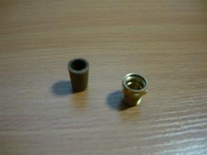 Отломанный фильтр и штуцер заглушки