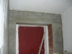 Оштукатуренная конструкция тамбура
