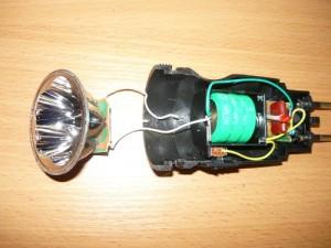Снятие половинки корпуса фонарика