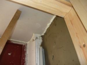 Фиксация потолочной части тамбура из листа гипсокартона
