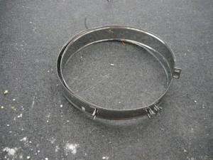 Специальные обода(хомуты) для крепления трубы