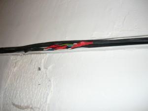 Укладка соединенных проводов в кабель - канал