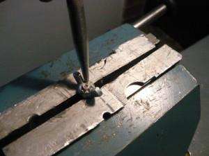 Кернение барашка на шпильке