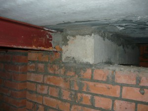 Вид на сопряжение металлической балки с бетонной