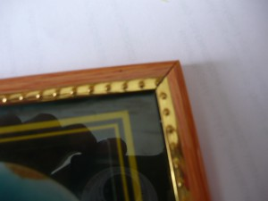 Вид на угол склеенной рамки