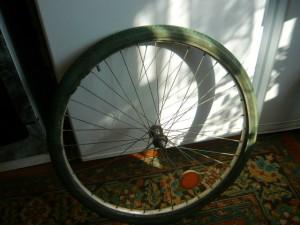 Освобожденная покрышка колеса