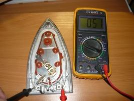 Определение исправности нагревательного элемента утюга
