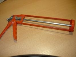 Пистолет для установки баллона с силиконом