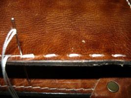 Прошивка боковин портфеля через одну стежку