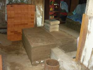 Вид на готовый фундамент под кирпичную печь