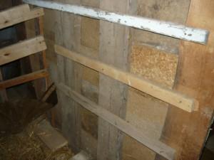Стена, которая получалась в непосредственной близости от трубы