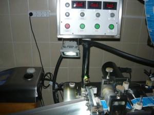 Проверк смонтированного светодиодного светильника на станке