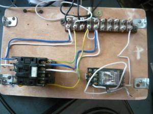 Монтаж пускателя для управления электроплиткой