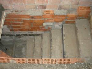 Готовая лестница, вид сбоку