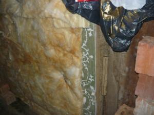 Обивка стены минеральной ватой