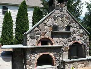 Печь на дровах с камином