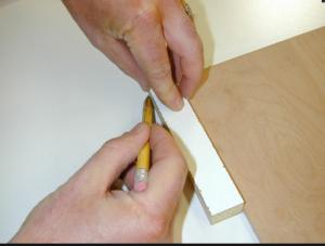 Разметка пресс-формы на толщину боковых стоек