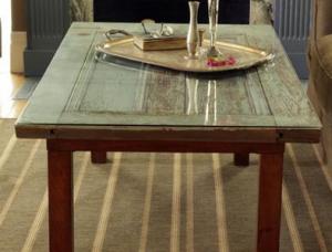 Установка стекла на поверхность журнального столика